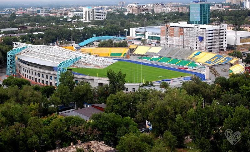 Центральный стадион Построен в 1958 году