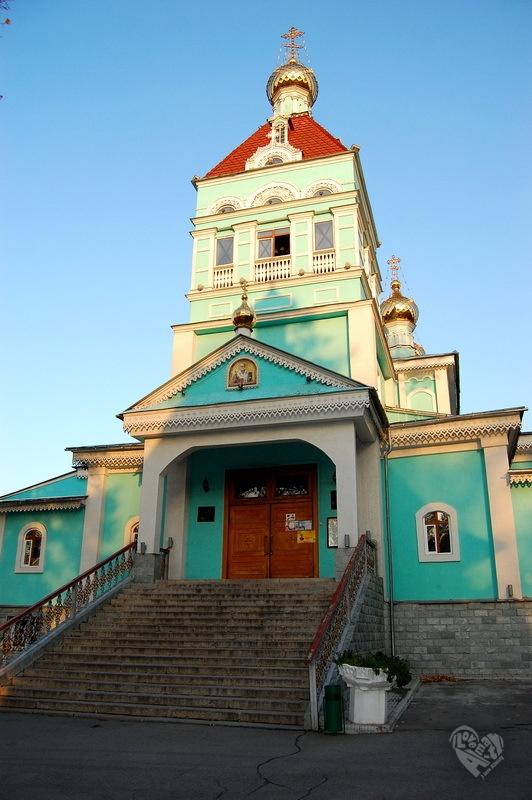 Никольский Храм,построен в 1908 г. Архитектор Н.И.Лаванова,строил С.К.Тропаревский.