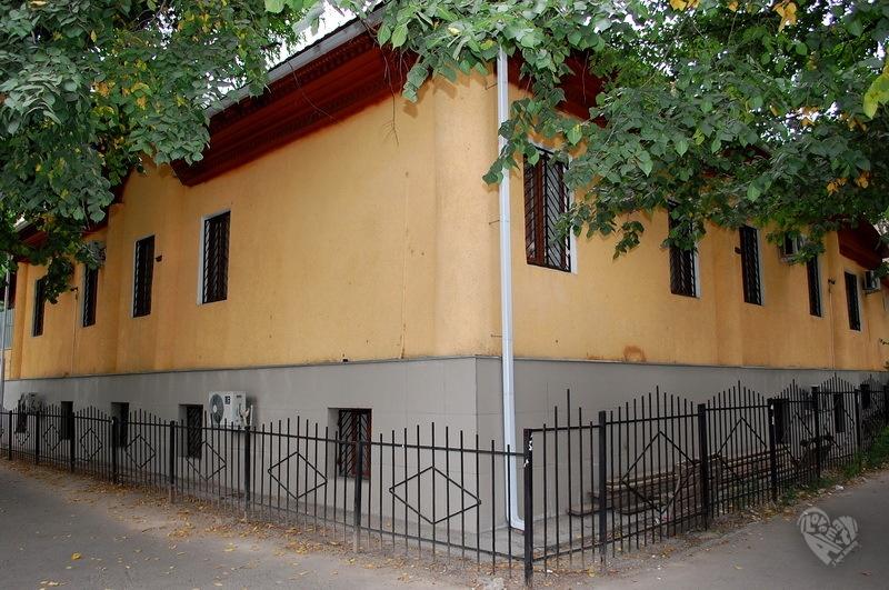 Дом на Калдаякова(8-го Марта)-Макатаева(Пастера). Дом примерно 1895-1898 годов.
