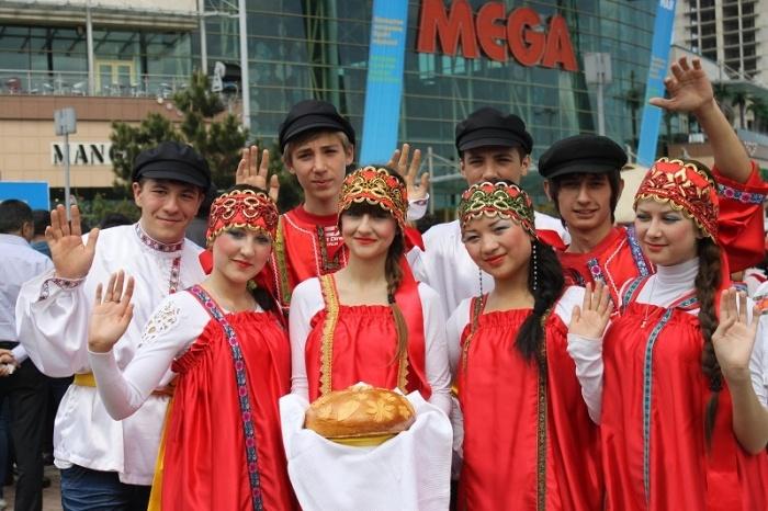 Праздник 1 мая в Мега Алма-Ата